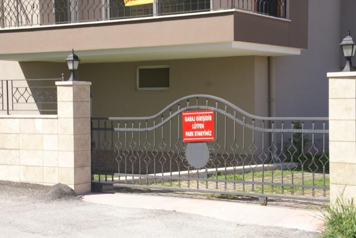 otomatik bahçe kapısı